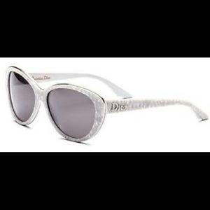 Never worn Dior Bagatelle sunglasses